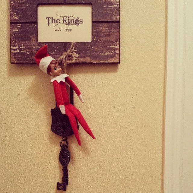 elf-on-a-shelf-4